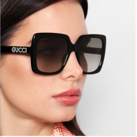 Gucci Square Embroidered Sunglasses! w/ case